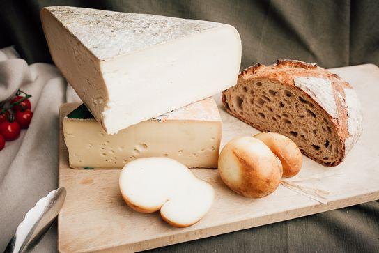 Plateau fromages - dégustation apéritif (au choix)