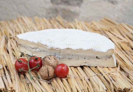 Brie truffé