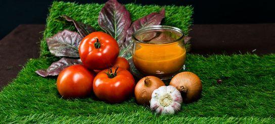 Velouté de tomate, (4-6 personnes)
