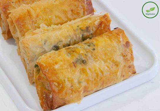 Eliopitta, feuilleté aux olives et aux fromages