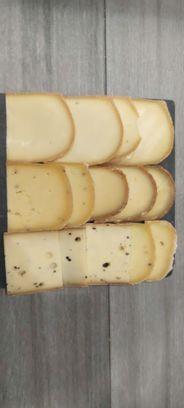 Assortiment de 3 fromages à raclette - 1 personne
