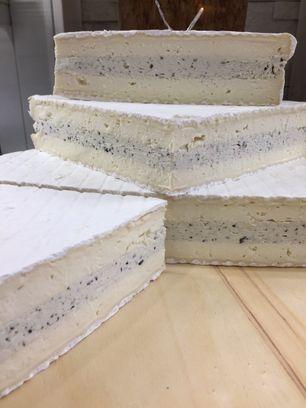 Brie à la truffe noire