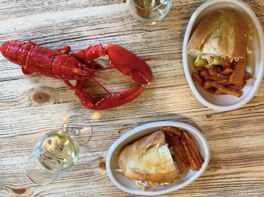 Nouveau : Lobster Roll (B)